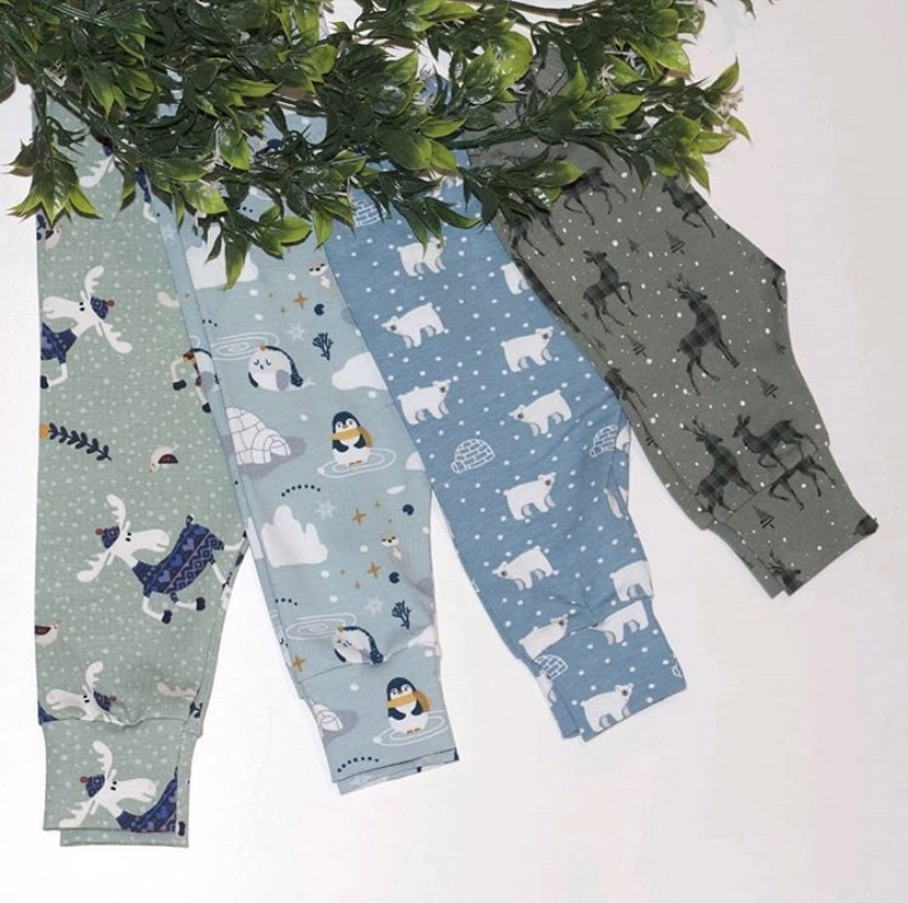 Winter leggings displayed with foliage.